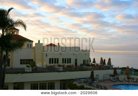 Sunrise At Pismo Beach - The Cliffs Resort