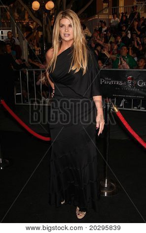 LOS ANGELES - MAY 07:  Kirstie Alley arrives to the