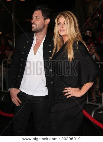 LOS ANGELES - MAY 07:  Maksim Chmerkovskiy & Kirstie Alley arrives to the