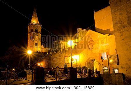 Finalborgo, Liguria, Italy. 24th October 2018. The Porta Reale, The Attractive Mediaeval Gateway Int