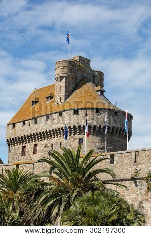 The Castle Of Duchess Anne Of Brittany In The Walled City Houses The Town Hall And The Museum Of His