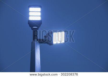 Street Light, Bright Light With Blue Background,street Lamp,solar System