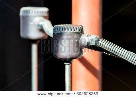 Electrical Chlorine Meter Measuring Chlorine In Pipe Water.