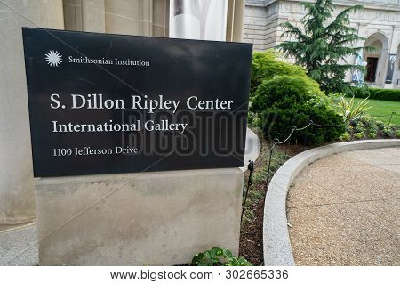 Washington Dc - May 9, 2019: Sign For The S. Dillon Ripley Center International Gallery Of Art, As P