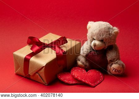 Valentines Day Bear With Hearts And Gift Box. Love Concept, Teddy Bear Love