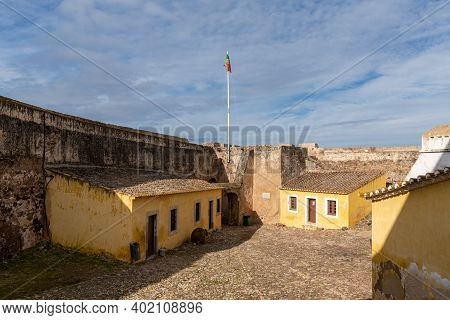 Castro Marim, Portugal - 5 January, 2021: View Of The Courtyard And Buildings Of The Castle In Castr