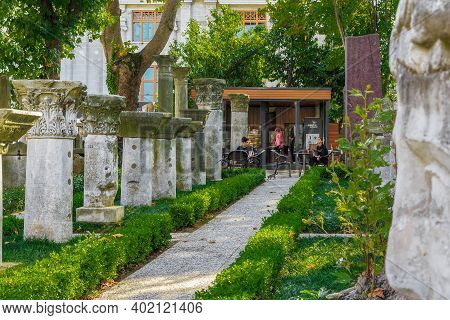 Istanbul, Turkey - September 13, 2017: These Are Rows With The Remains Of Ancient Columns And Column