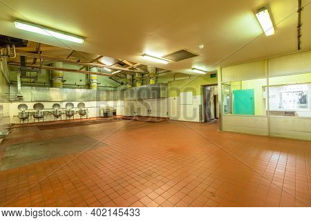 Fremantle, Western Australia - Jan 5, 2018: Kitchen With Industrial Cooking Pots Of Fremantle Prison