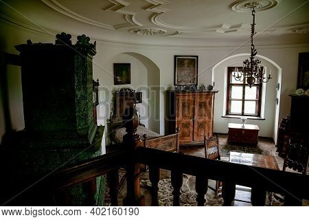 Castle Interior, Retro Style Bedroom With Baroque And Renaissance Furniture And Old Antique Green Ce