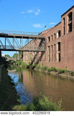 Washington Dc, Usa. Post-industrial Canal Park In Georgetown District.