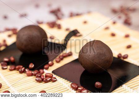 Anko Japanese Sweet Red Bean Paste In Ball Shape