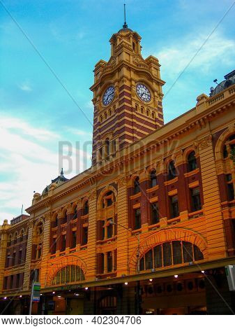Flinders Street Railway Station, An Iconic Building Of Melbourne, Australia, Victoria. Built In 1909
