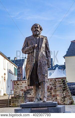 Trier, Germany - November 7, 2020: Statue Of Philosopher Karl Marx And Kommunist Founder In Trier In