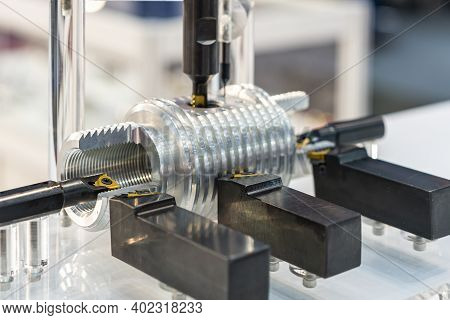 High Accuracy Many Kind Or Function Of Cutting Tool And Workpiece Of Cnc Machining Center Or Lathe M