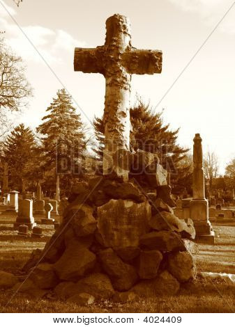 Cemetery In Brooklyn - Cross On Tombstone - Sepia