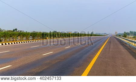 View Of Newly Build Agra Lucknow Expressway