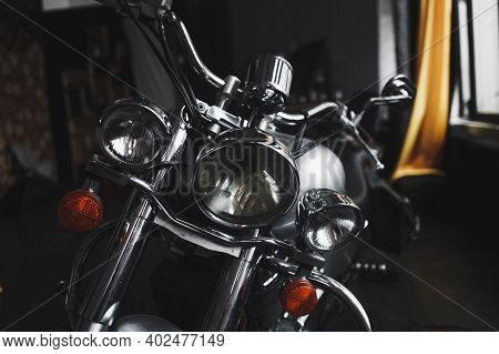 Chrome-plated Motorcycle Parts - Front Headlight And Steering Wheel