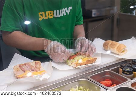 Bangkok, Thailand - January 9, 2021 : Staff Is Cooking Sandwich At Subway Restaurant. Subway Is An A