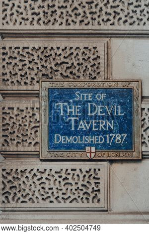 London, Uk - November 19, 2020: Sign At The Site Of The Devil Tavern On Fleet Street, City Of London