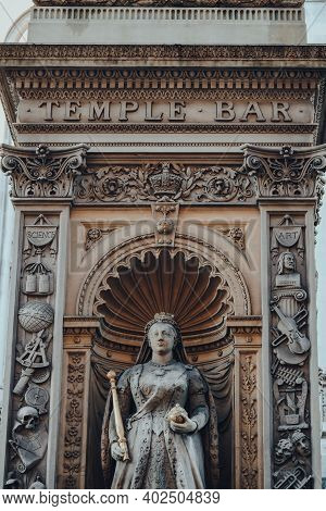 London, Uk - November 19, 2020: Close Up Of Temple Bar Situated On The Historic Royal Ceremonial Rou