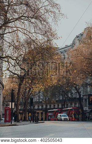 London, Uk - November 19, 2020: View Of Deserted Strand Underpass Street In London, Few Buses And A