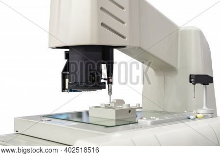 High Technology Precision Video Measuring Machine With Camera Probe Sensor During Product Inspection