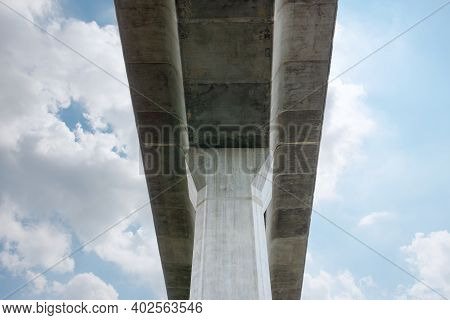Prefabricated Concrete Of Bridge - Built The Structure Of Column Support The Railroad. Technology Of