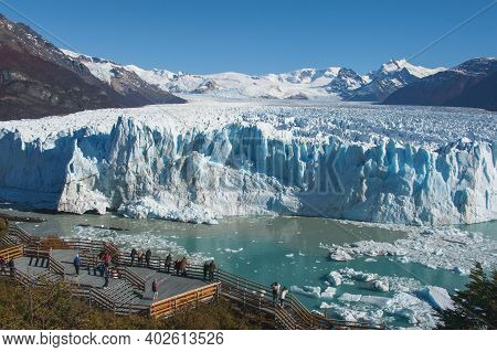 Viewpoint To Scenic Panoramic Overview View Of The Famous Gigantic Melting Perito Moreno Glacier,pop