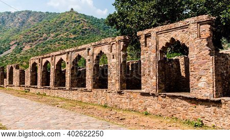 Spooky Ruins Of Bhangarh Fort, The Most Haunted Place In India