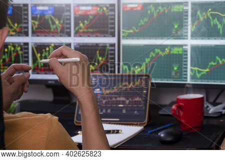 Man Trader Analysis Forex Concurrency Stock Graph Market For Trading Forex To Profit By Order Sell O