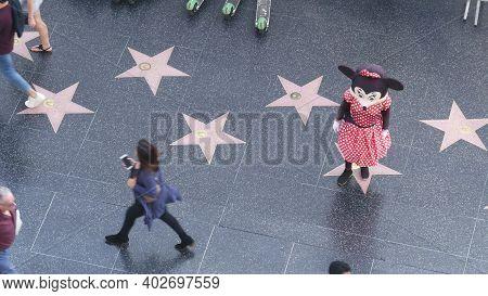 Los Angeles, California, Usa - 7 Nov 2019: Walk Of Fame Promenade On Hollywood Boulevard In La. Peda