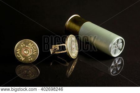 Dallas,texas - Jan 10,2021  Antique 12 Gauge Shotgun Shell Cufflinks Made In The 1950\'s By Alcan Co