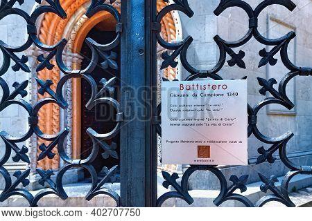 Bergamo, Italy - May 22, 2019: Metal Fence Near Baptistery Of The Basilica Di Santa Maria Maggiore (