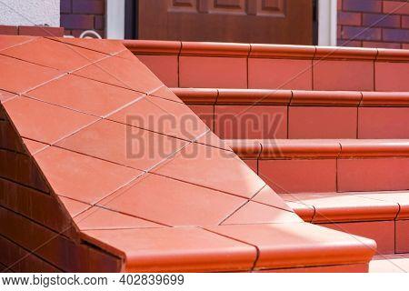 Steps Made Of Brown Clinker Tiles . Cottage Porch