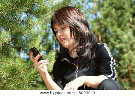The Girl With Phone
