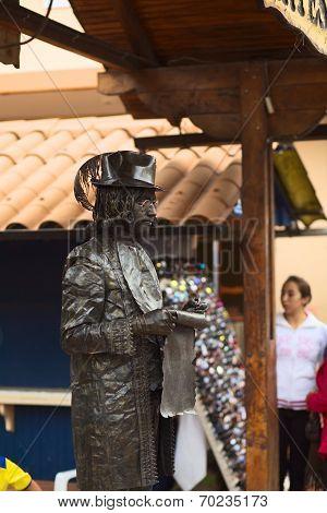 Living Statue in Banos, Ecuador