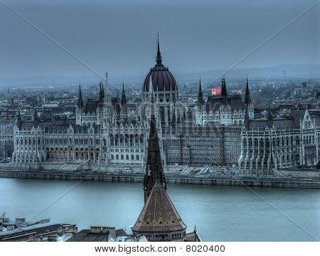 The Hungarian Parliament Building (Országház) - Hdr