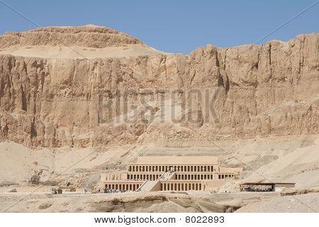 Egypt Hatschepsut Temple in cliff