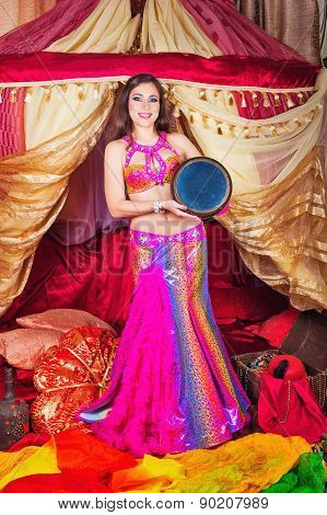 Oriental Beauty Dance With Tabla