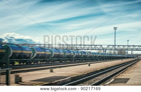 Perspective view of the modern tank wagons.