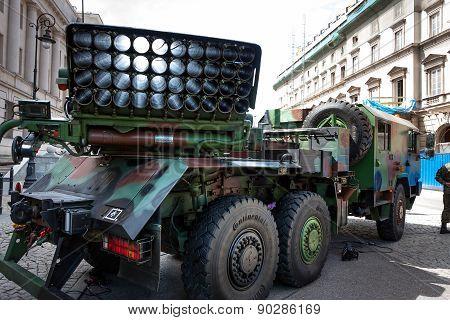 Mobile Rocket Launcher Langusta Wr40