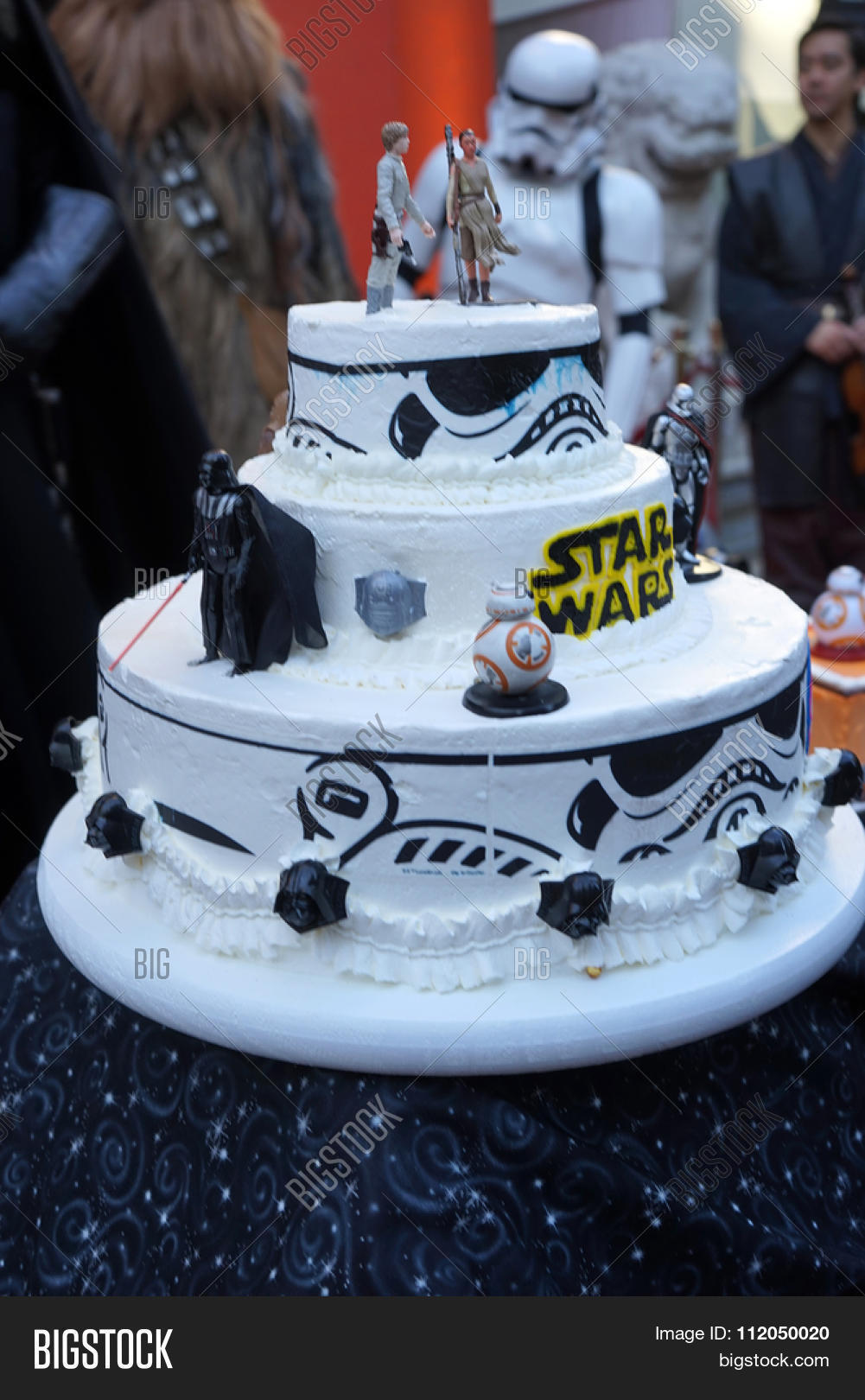 star wars wedding cake los angeles dec 17 image amp photo free trial bigstock 7677