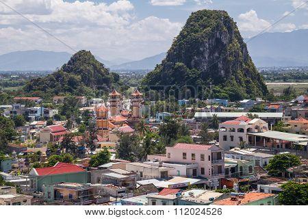 Da Nang, Vietnam - Circa August 2015: Hui Son And Kim Son Mountains, Marble Mountains, Vietnam