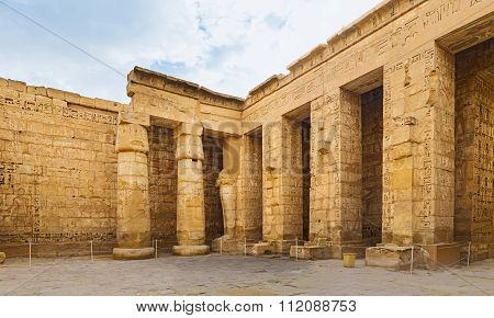 The Court Of Habu Temple