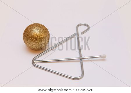 Christmas ball and musical instrument