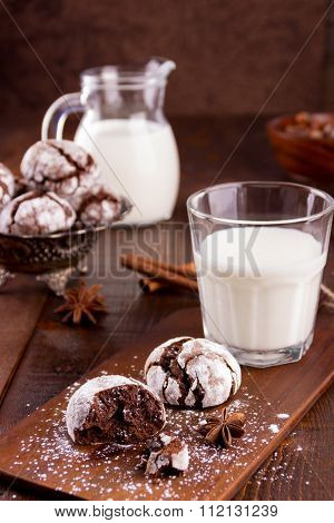 Cracked Cookies