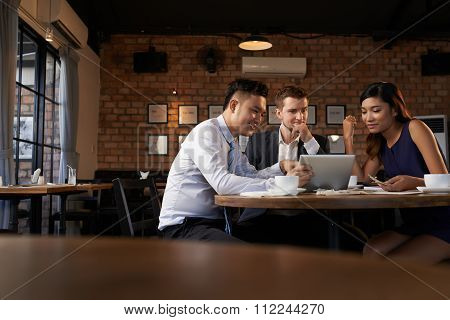 Sharing business ideas