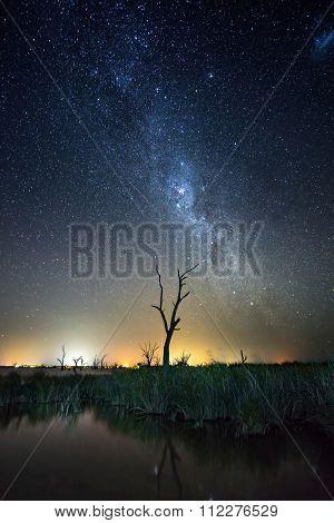 Stars shine over Lake Bonney in South Australia