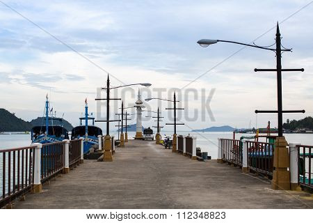 KOH CHANG - THAILAND - DEC 22, 2015: Lighthouse in fisherman's village of the island. Island is on Gulf of Thailand, near border with Cambodia, population of 5356 people living in 8 villages.