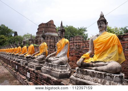 Buddha statues at old temple ruins